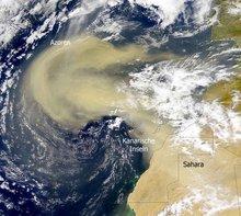 Sahara-Staub über den Kanarischen Inseln