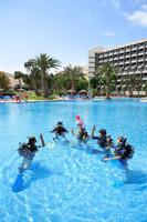 Übung im Pool