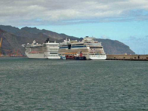 Teneriffa mit dem Schiff - 3 Kreuzfahrtschiffe