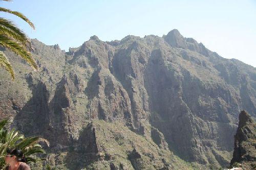 Teneriffa Wandern - Masca Schlucht - Steilwand