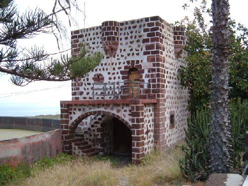 Wehrturm in Punta del Hidalgo auf Teneriffa