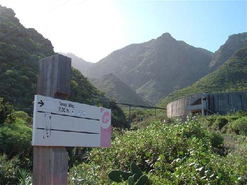 Einstieg zur Wanderung in die Berge