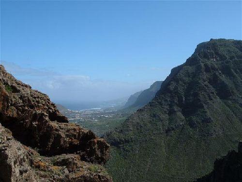 Blick von den Bergen nach Buenavista